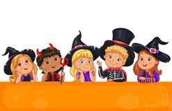 Crianças bonitos no molde do chapéu de Dia das Bruxas para o projeto Foto de Stock Royalty Free