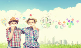 Crianças com bigode Fotos de Stock Royalty Free