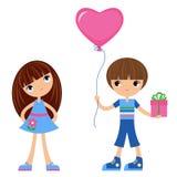 Crianças com coração-balão Fotografia de Stock Royalty Free