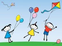 Crianças com esferas e papagaio Fotografia de Stock Royalty Free