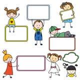 Crianças com sinais vazios ilustração stock