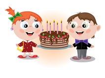 Crianças com torta Imagens de Stock