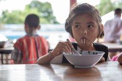 Crianças de Karen da escola de Banbongtilang Foto de Stock Royalty Free