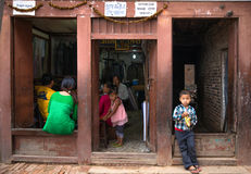 Crianças de Kathmandu foto de stock