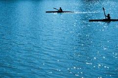 Crianças de Watersport (rowers) foto de stock