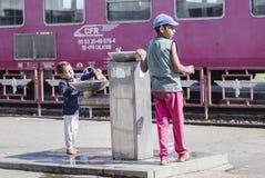 Crianças desabrigadas pobres Imagens de Stock