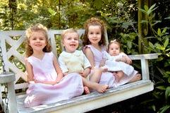 Crianças do agregado familiar com quatro membros Fotografia de Stock