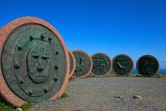 Crianças do cabo norte do monumento do mundo Foto de Stock