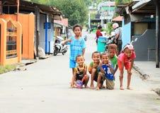 Crianças do Papuan em Manokwari foto de stock