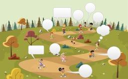 Crianças dos desenhos animados sobre o trajeto no parque verde Fotografia de Stock