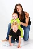 Crianças e baby-sitter Fotografia de Stock Royalty Free