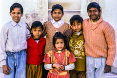 Crianças em Deli, Índia Foto de Stock