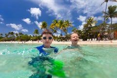 Crianças em férias Fotos de Stock