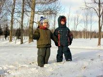 Crianças. inverno. Fotos de Stock Royalty Free