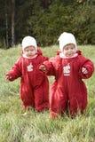 Crianças na caminhada Foto de Stock Royalty Free