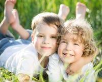Crianças na mola Fotografia de Stock Royalty Free