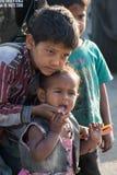 Crianças na pobreza Imagens de Stock