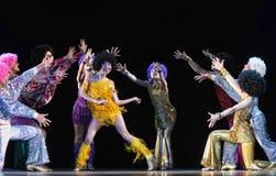 Crianças que dançam na fase Imagens de Stock Royalty Free