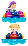 Crianças que montam o amortecedor do barco ilustração royalty free