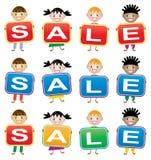 Crianças que prendem cartões com letras Imagem de Stock Royalty Free