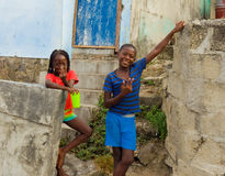 Crianças que sorriem nas Caraíbas Fotografia de Stock Royalty Free