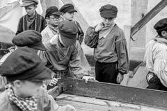 Crianças que trabalham - espetáculo Imagem de Stock