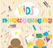 Crianças quetrabalham o fundo do processo Caçoa a ilustração da faculdade criadora Vista superior com mãos criativas das crianças ilustração do vetor