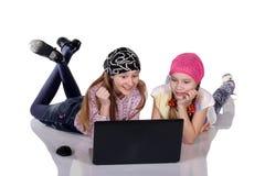 Crianças, tecnologia e conceito home imagem de stock