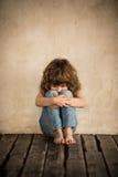 Criança triste Fotos de Stock Royalty Free