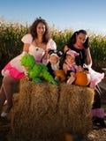 Crianças em trajes de Halloween Fotos de Stock Royalty Free