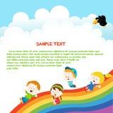 Crianças que deslizam através do arco-íris Fotografia de Stock Royalty Free