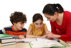 Crianças que fazem trabalhos de casa Foto de Stock Royalty Free