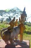 Criaturas del mito y de la leyenda en Tai Ta Ya Monastery Foto de archivo libre de regalías