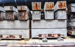 Cribbing: Φορτίο που εξασφαλίζει τα υλικά στοκ φωτογραφία με δικαίωμα ελεύθερης χρήσης