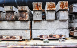 Cribbing: Lading die Materialen beveiligen royalty-vrije stock fotografie