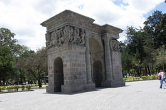 Cricasiana曲拱在基多厄瓜多尔南美 免版税库存图片