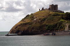Criccieth Castle. Lifeboat being recovered below Criccieth Castle in North Wales Stock Images