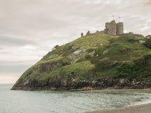 Criccieth slott i norr Wales Arkivbild