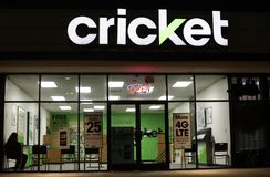 Cricket PCS Wireless. A Cricket PCS Authorized Dealer cell phone service and cell phone distribution services business Stock Photo