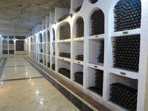 03 10 2015 CRICOVA, MOLDAVIEN stor underjordisk vinkällare med Co Arkivbilder
