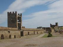 Crimea, el Mar Negro, castillo en Sudak Fotos de archivo libres de regalías