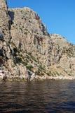 crimea Höga berg och branta precipices Arkivfoton