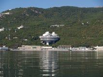 crimea Kusten av Blacket Sea nära Yalta arkivfoto