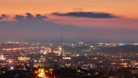 crimea Simferopol från en fågelperspektiv i strålarna av uppsättningen fotografering för bildbyråer