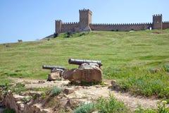 crimea Sudak genoese fästning för slottconsulfortifiaction royaltyfri fotografi