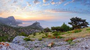 Crimea wschodu słońca linii brzegowej krajobraz Zdjęcie Royalty Free