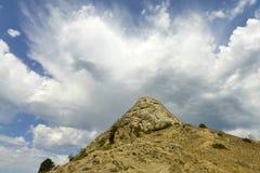 2008 crimean berg sörjer sommar Fotografering för Bildbyråer
