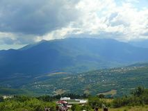 Crimean landskap p? en varm sommardag royaltyfri bild