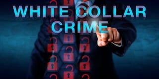 CRIMEN NO MANUAL de Pressing del detective en pantalla Fotografía de archivo libre de regalías