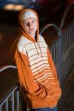 Criminal joven en la calle Imagen de archivo